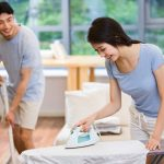 Đàn ông giúp việc nhà, nên hay không?